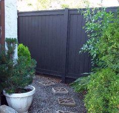 Black Wooden Fence Design Ideas For Frontyards 42 Outdoor Spaces, Outdoor Living, Outdoor Decor, Back Gardens, Outdoor Gardens, Fence Design, Garden Design, Landscape Design, Fence Paint Colours