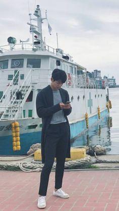 Mr Kang, Kang Min Hyuk, Cn Blue, Kpop Aesthetic, Celebs, Celebrities, Jonghyun, Minhyuk, No One Loves Me