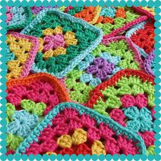 Crochet - Granny Squares~~~eye candy and possible next project. Crochet Blocks, Crochet Squares, Crochet Granny, Crochet Motif, Crochet Yarn, Crochet Patterns, Granny Squares, Love Crochet, Learn To Crochet