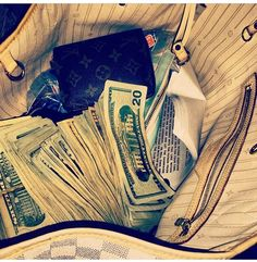 It's magic the way money flows effortlessly to me