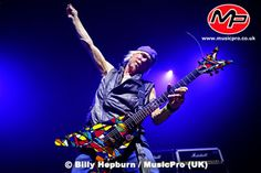 MICHAEL SCHENKER HIMSELF - The Official Site