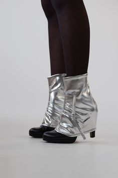 Silver Edie fake leather fashion gaiters