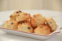 biscotti con solo albumi, cocco e gocce di cioccolato