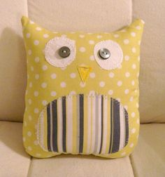 sewing project  @Lisa Phillips-Barton Phillips-Barton Phillips-Barton Phillips-Barton Chappell...would love to make this pillow for eva's room