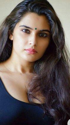 Indian Long Hair Braid, Braids For Long Hair, Plus Size Bikini, Indian Beauty Saree, Beauty Queens, Indian Actresses, Close Up, Desi, Long Hair Styles