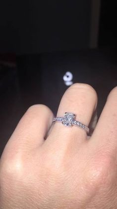 Hi There, I Lost My Engagement Ring On The 10th October In Belfast  Somewhere Between Adelaide Street And Alfred Street. Reward Of £50 For Its  Returu2026