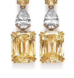 Ashoka fancy yellow and white diamond earrings - detail
