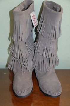 NEW-HANNA-ANDERSSON-MINNETONKA-FRINGE-BOOT-GRAY-grey-SUEDE-Ladies-8-or-9