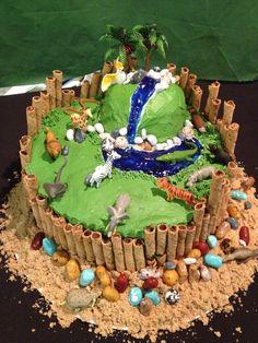 Perry's zoo birthday cake.