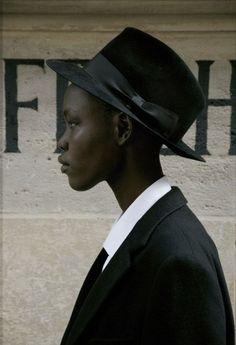 Black is beautiful: grace bol My Black Is Beautiful, Beautiful People, Dandy, Style Androgyne, Creation Photo, Boyish, The Villain, Androgynous, Dark Skin