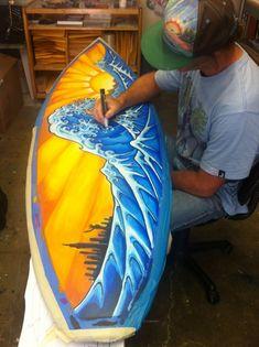 Drew Brophy painting The Great Wave of Kanagawa on Surfboard 2012 Drew Brophy, der die Surfboard Painting, Surfboard Art, Skateboard Art, Endless Summer, Posca Art, Surf Style, Surfs Up, Beach Art, Ocean Beach