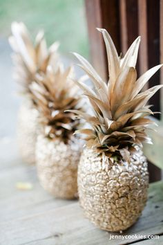 Gold Pineapples by Jenny Cookies | Featured on The TomKat Studio