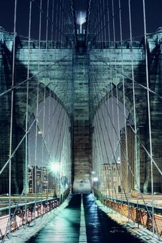 Brooklyn Bridge Walkway, NYC