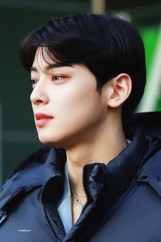 Ulzzang Korea, Ulzzang Boy, Asian Boys, Asian Men, Kdrama, Cha Eun Woo Astro, Eunwoo Astro, When I See You, Sanha