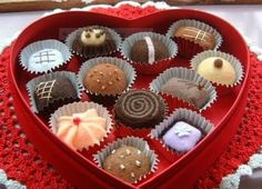 Valentine's Day Box of Chocolates * No Sew Fun Felt Food Play!   DIY Photo Inspiration * Can also be done with painted wooden shapes