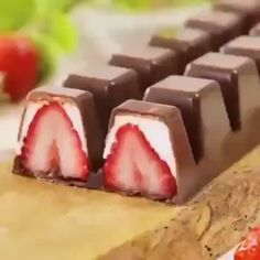 jumpshiy - 0 results for food Creative Desserts, Köstliche Desserts, Creative Food, Dessert Recipes, Healthy Desserts, Tasty Videos, Holiday Baking, Diy Food, Sweet Recipes