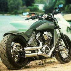 INDIAN MEAN GREEN GREAT FOTO..