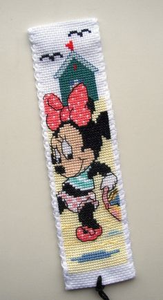 Vervaco Minnie Mouse at the Beach bookmark.