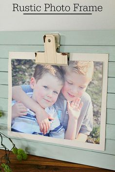 DIY Rustic Photo Fra