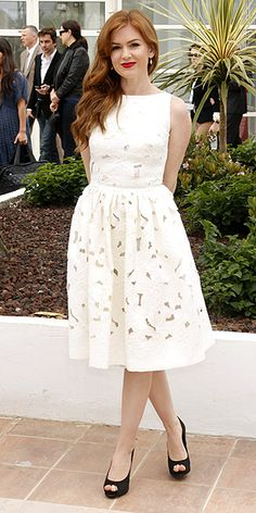 ISLA FISHER in Dolce and Gabbana. Love it!