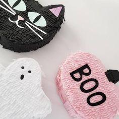 Halloween Theme Birthday, Pink Halloween, Halloween Party Favors, Halloween Kids, Halloween Themes, Halloween Pumpkins, Halloween Crafts, Cat Birthday, Birthday Ideas