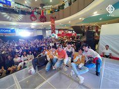 Korean Entertainment Companies, Boy Groups, Basketball Court, Entertaining, Funny