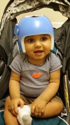 Move it Football Head: And here starts our adventure  Understanding Torticollis and positional Plagiocephaly    this is my blog about the journey i am going through with my son who is wearing his Starband helmet. Share with those who you feel may benefit from support or information. #plagiocephaly #helmet #starband #moms #torticollis