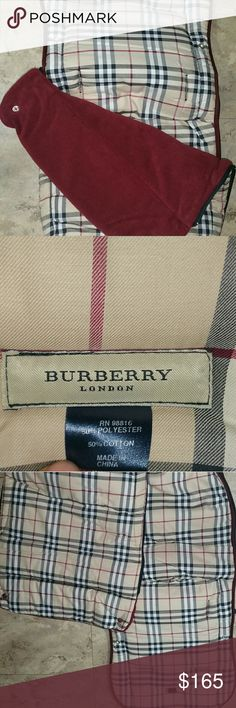 Burberry Burberry attachment can attach to your baby's stroller. Top cover can be unzipped and removed Also can be used as a portable  nap mat. New condition #burberry #baby Burberry Accessories