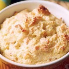 Receita de Suflê de Milho - leite, ovo, farinha de trigo, margarina Qualy , queijo ralado, fermento químico em pó, sal, milho verde