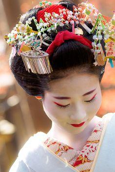 舞妓 maiko あや葉 ayaha 先斗町 KYOTO JAPAN