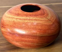 Hollow vessel by Ken Gaidos at Ansbach Artisans