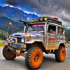 """fj40cruisers: """" My Second """"Top FJ40"""" List! This one is the """"Top 30 Mean Modified 40 Machines"""". Over the next week, I will be posting 30 pictures of meaningfully modified FJ40's. They are all fine..."""