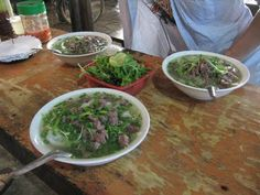 Herkkuja ja erikoisuuksia - vietnamilaista lähiruokaa - Pho-keittoa