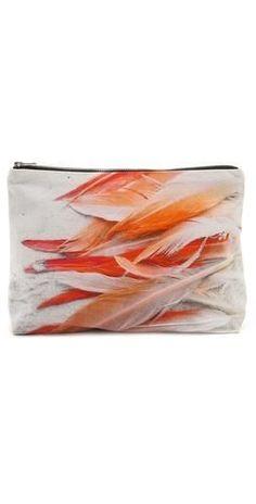 Trendy handbag - fine image