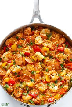 easy jambalaya recipe is SO good, and so simple to make homemade. Recipe and step by step photos included.This easy jambalaya recipe is SO good, and so simple to make homemade. Recipe and step by step photos included. Seafood Recipes, Chicken Recipes, Dinner Recipes, Cooking Recipes, Healthy Recipes, Free Recipes, Hamburger Recipes, Snacks Recipes, Risotto