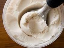 Foolproof Vegan Vanilla Coconut Ice Cream ~ via Serious Eats Milk Ice Cream, Dairy Free Ice Cream, Coconut Ice Cream, Vegan Ice Cream, Vanilla Ice Cream, Coconut Milk, Coconut Syrup, Banana Coconut, Coconut Curry
