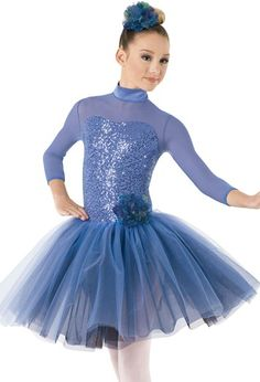 Cute Dance Costumes, Ballet Costumes, Dance Outfits, Dance Dresses, Baile Jazz, Ballerina Costume, Ballet Performances, European Dress, Dance Poses