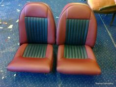 Black and red car seats Car Seat Upholstery, Smart Car, Floor Chair, Car Seats, Classic Cars, Flooring, Outdoor Decor, Red, Black