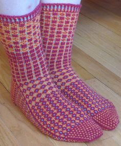 Ravelry: Project Gallery for Swedish Heritage pattern by Maria Ekblad Crochet Socks, Knitted Slippers, Wool Socks, Slipper Socks, Knitting Socks, Hand Knitting, Knit Crochet, Pink Socks, Socks And Heels