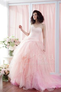 The Beauty Of This Dress Is Colour Transition From Light Peach To Pink Making It A Perfect Ball Gown For Romantic Wedding Anovia Bridal Couture