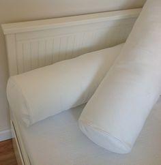 Como hacer un cojín de rulo Diy Pillows, Cushions On Sofa, Bolster Pillow, Pillow Cases, Hemnes, Cool Diy, Interior Design Living Room, Home Decor, Diy Bedroom