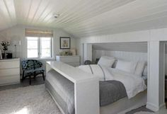 Cottage bedroom via boyntt