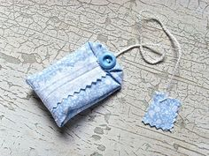 Tutorial:  A fabric tea bag sachet!  I'm going to make a paper tag with a message for a gift.