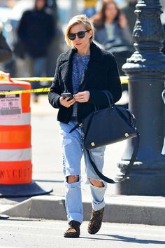 Sienna Miller in ripped jeans.