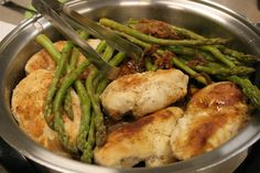 Chicken with Asparagus and Caramelized Onions