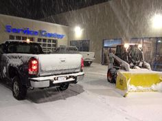 Taking a break at Silko Honda before the snow came down even harder!