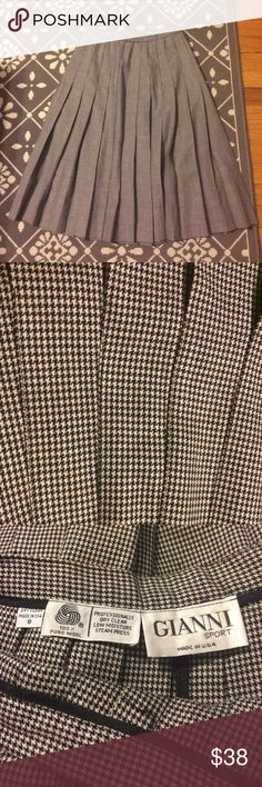 """🎯 True Vintage Houndstooth Wool Pleated Skirt Fabulous fall find! This houndstooth plaid skirt with pleats is perfect for chilly weather. It is a true vintage skirt, marked an 8 but fits closer to a modern 4, and sits at a natural high waist. Waist 12"""" Length 24"""". Soft wool, no stretch, side zip, not pendleton but marked to help identify. Pendleton Skirts Midi"""