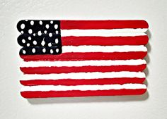Kid's Crafts: Painted Popsicle Sticks American Flag Refrigerator Magnet Craft Projects For Kids, Arts And Crafts Projects, July 4th Holiday, Acrylic Craft Paint, Time Painting, Refrigerator Magnets, Popsicle Sticks, Red And White Stripes, Popsicles