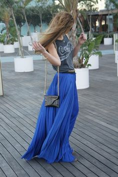 royal blue, maxi pleated skirt, grey graphic tee.