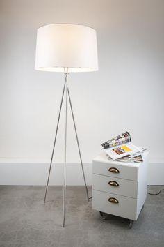 tarz_aydinlatma_ankara_çayyolu_lambader_tarz_floor_lamp_köşe_lambası_lambader_concept_lambader_decor_aplik_avize_sartkıt_lambader_trend_fırsat_ahşap_lambader_köşe_lambası_ağaç_resim3